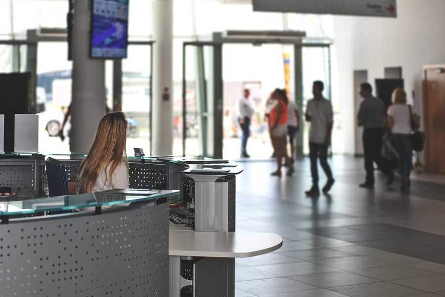 Amazing Benefits of Digital Signage for the Hospitality Industry